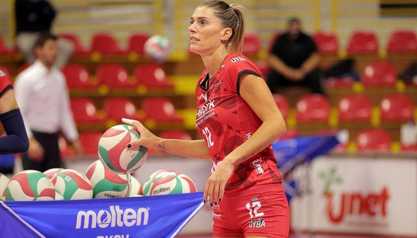 Francesca Piccinini appende le ginocchiere al chiodo